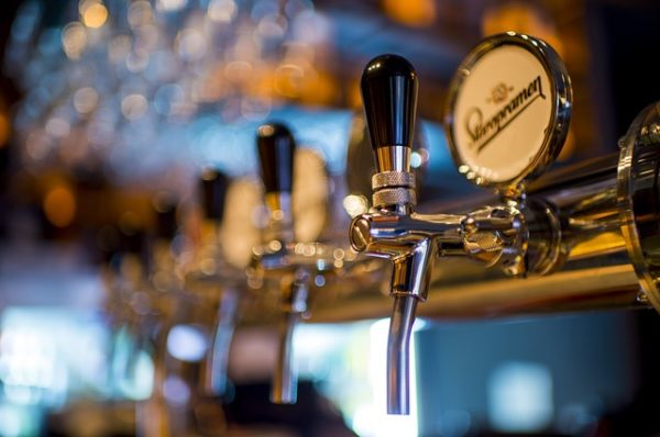 pubs, bars and clubs kitchen cleaning